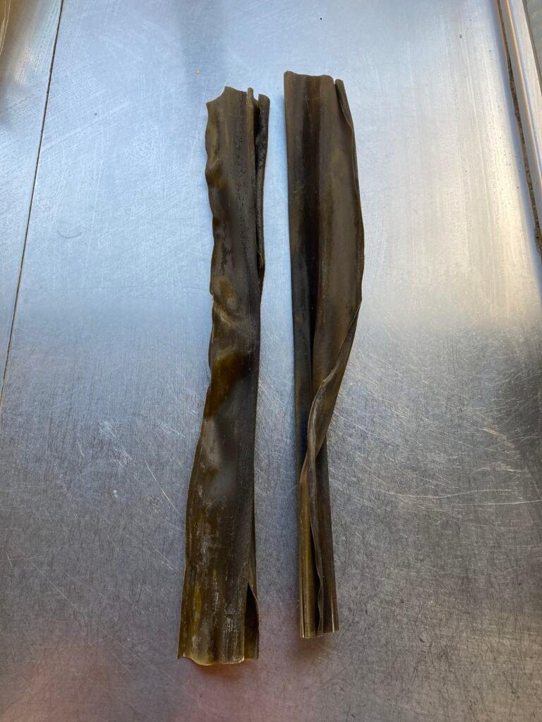 How to make osaka udon: kombu